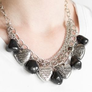 Paparazzi Change of Heart Black Necklace Set